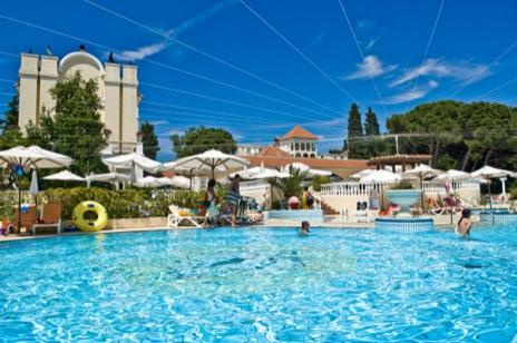 hotel katarina pool
